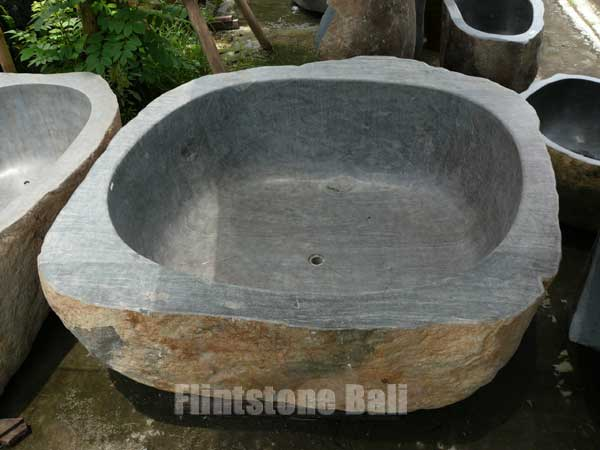 stone_bathtub