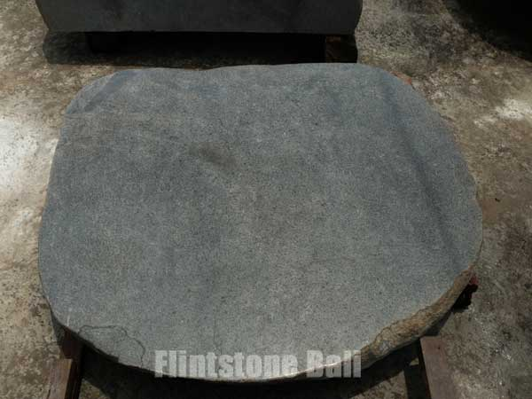 bal_stone_table